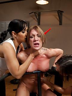 Lesbian Gangbang Porn