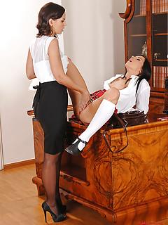 Lesbian Teacher Porn