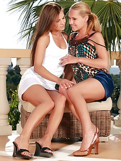 Lesbian High Heels Porn