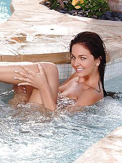 Lesbian Pool Porn